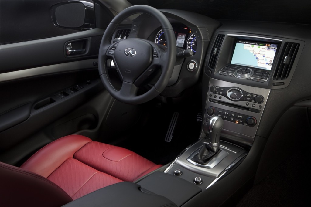 2010_infiniti_g37_anniversary_edition_images_017